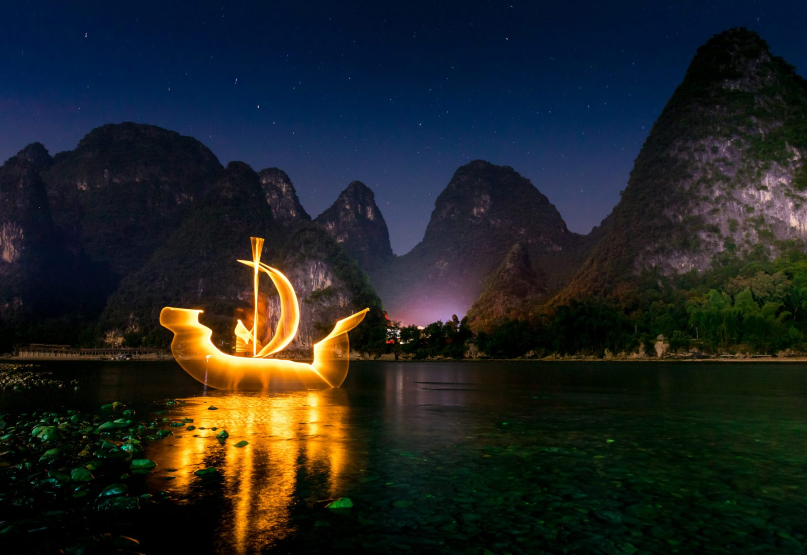 Light Painting Boat