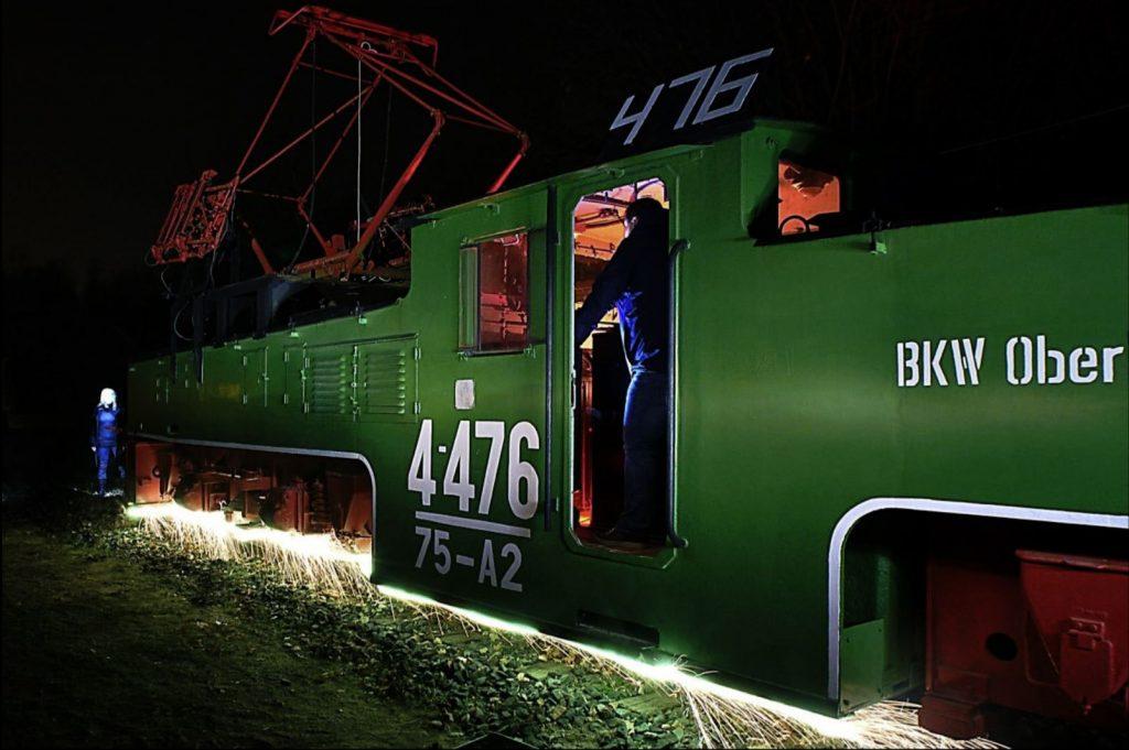 Light Painting train