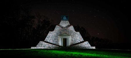 Light Painting Pyramide Garzau
