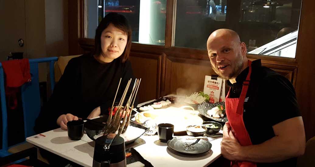 Light Painters Gunnar Heilmann meeting Miko in Shanghai